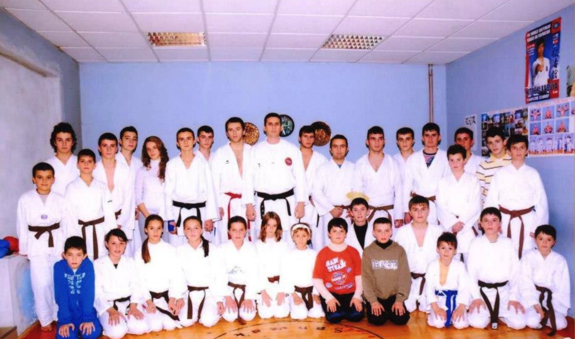 Fotografija sa karate treninga Samira Bačevca u karate klubu Tutin.