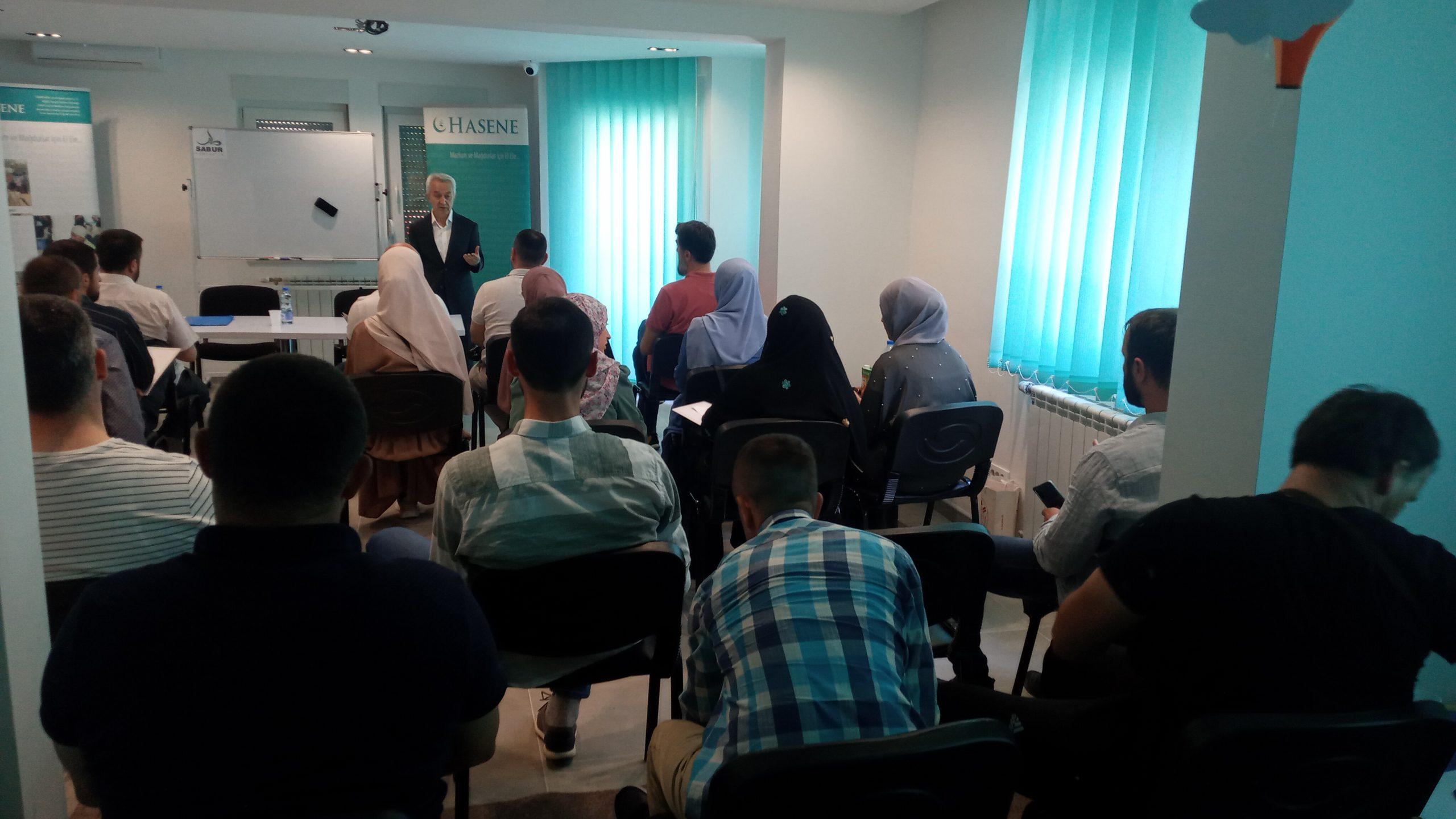 """Prvi seminar održan je u prostorijama HO """"Hasene"""" u Novom Pazaru"""